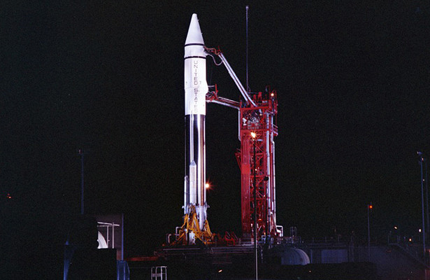 «Новая Луна» Земли оказалась старой ракетой