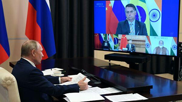 Путин надеется, чтоследующий саммит БРИКС пройдет вочном формате
