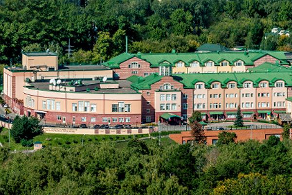 Посольство Канады некомментирует сообщения озакрытии англо-американской школы вМоскве
