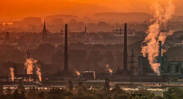 Названы главные города-загрязнители вРоссии