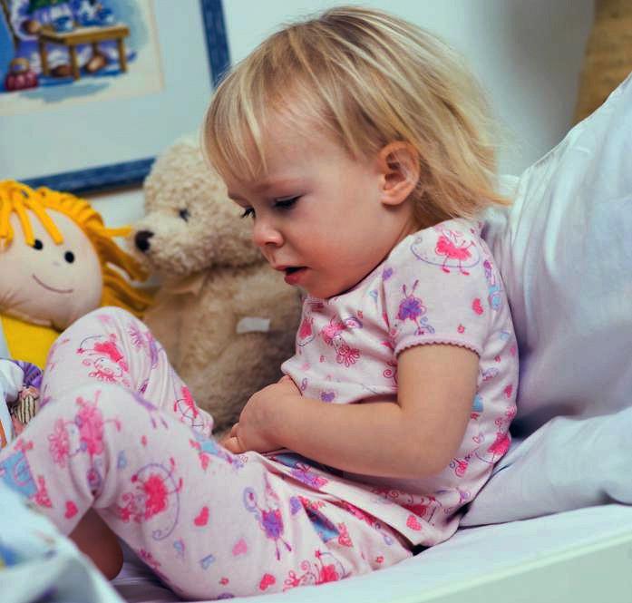 У ребенка болит живот: В чем причина - Здоровье ребенка