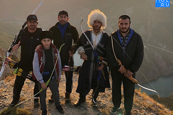 Сулакский каньон стал местом турнира лучников изРоссии идругих стран