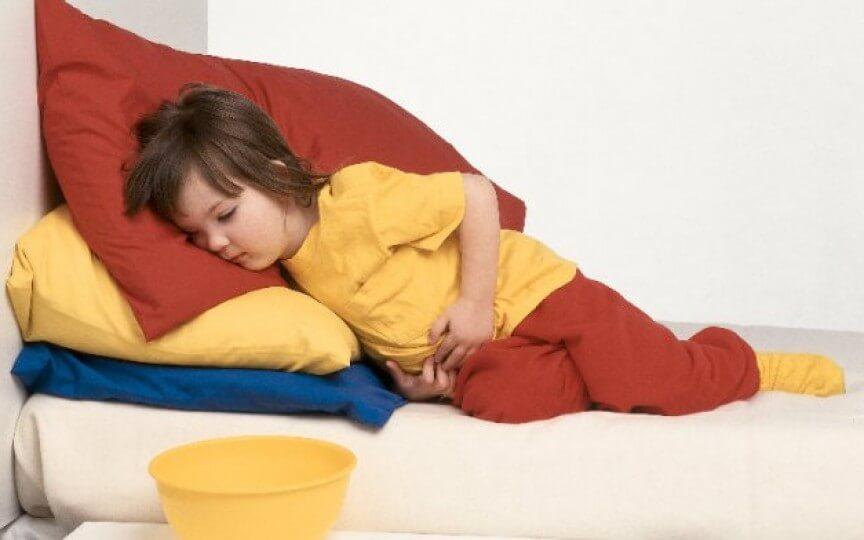 У ребенка 5 лет болит желудок