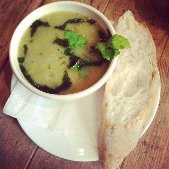 Ресторан Хлеб насущный - фотография 16 - Суп дня