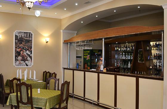 Ресторан Фаворит - фотография 4