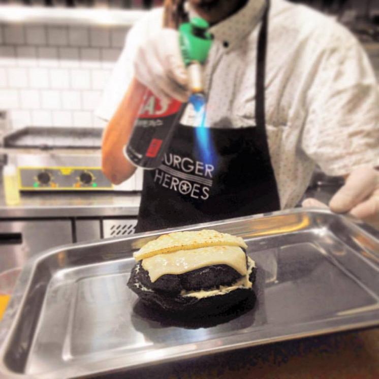 Ресторан Burger Heroes - фотография 9