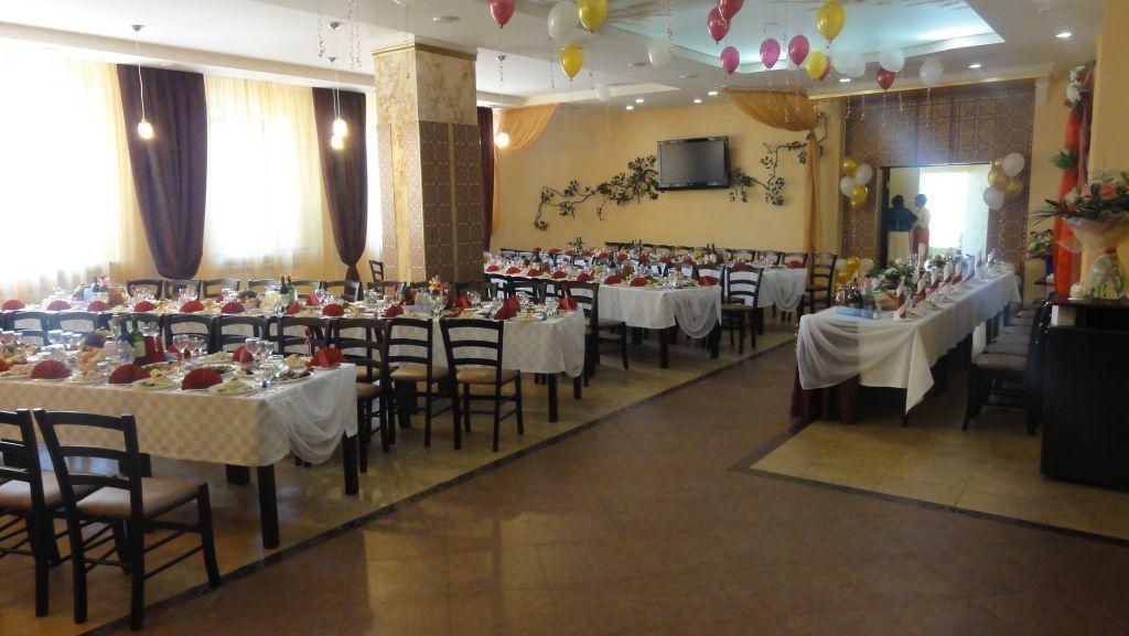 Ресторан Love & Life - фотография 1