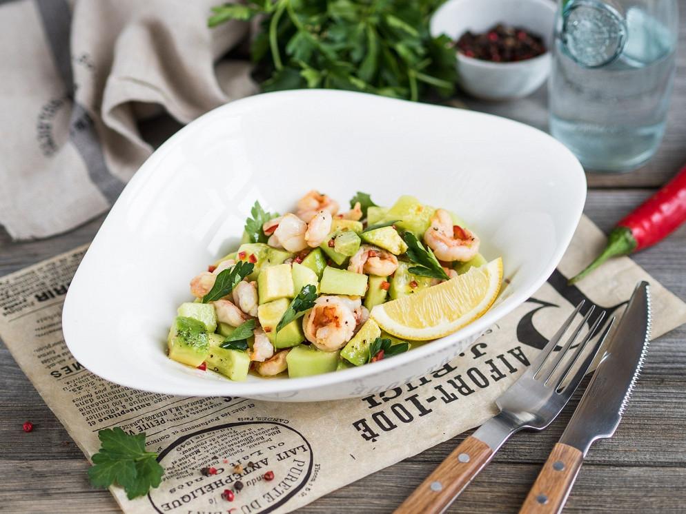 Ресторан Пипл & Паста - фотография 1 - Салат с креветками и авокадо