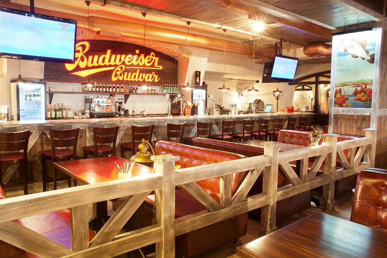 Ресторан Budweiser Budvar Zlata Husa - фотография 2