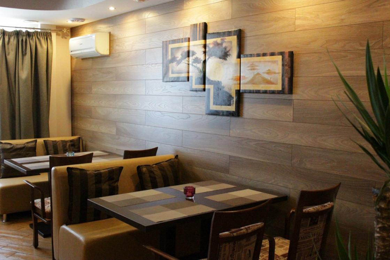 Ресторан Бешбармак - фотография 4 - Большой зал