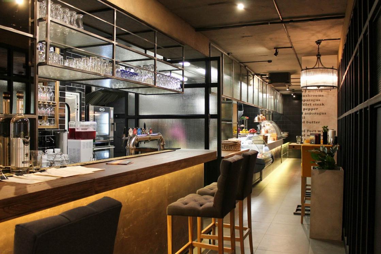 Ресторан Угли - фотография 2
