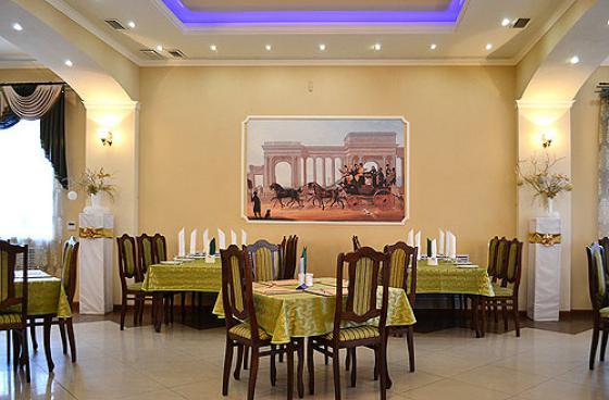 Ресторан Фаворит - фотография 3