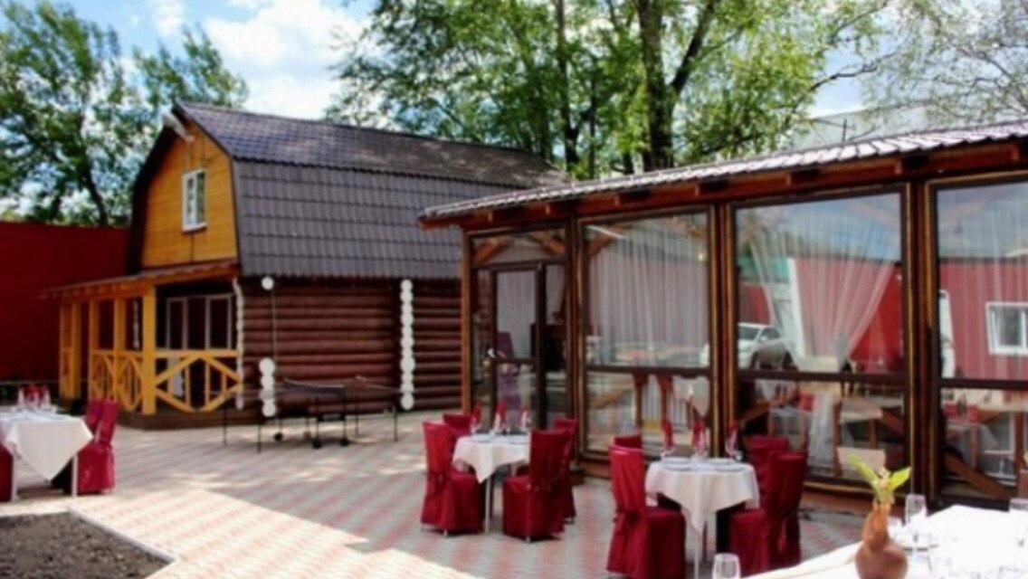 Ресторан Уютный дворик - фотография 1