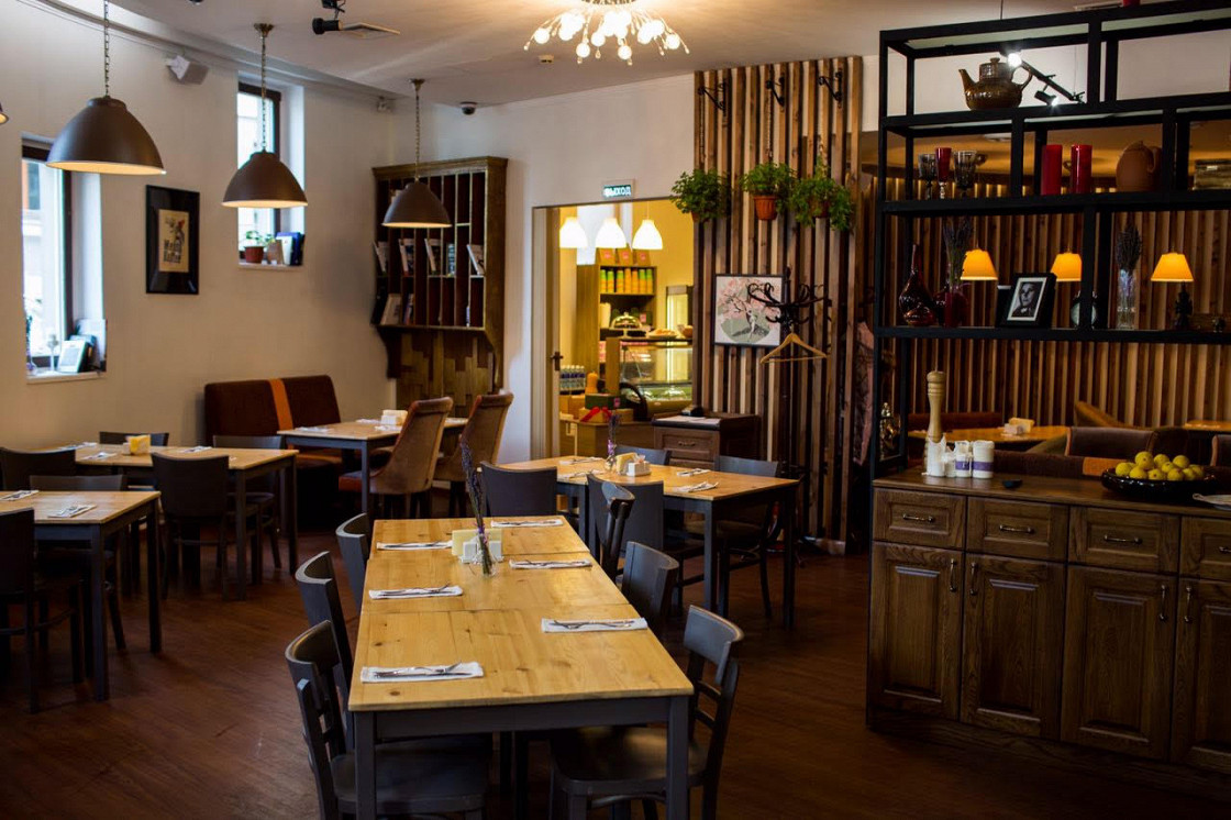 Ресторан Corner Café & Kitchen - фотография 8
