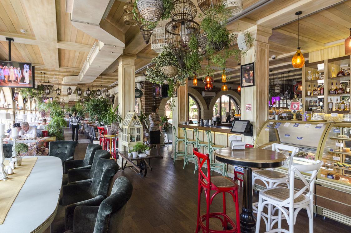 Ресторан Птицы и пчелы - фотография 5 - 1 этаж