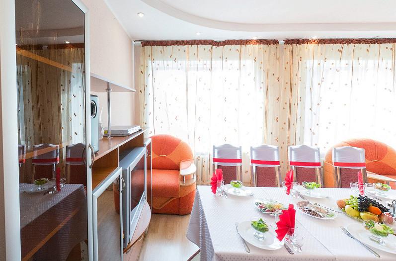 Ресторан Любава - фотография 10