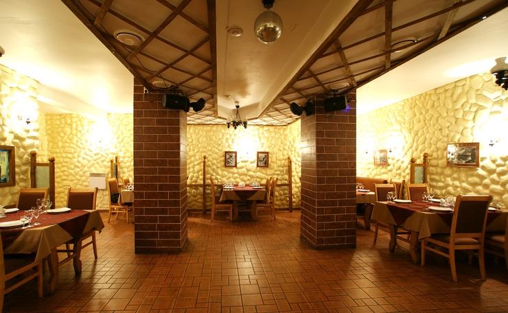 Ресторан Легенда - фотография 4