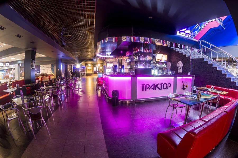 Ресторан Трактор - фотография 2