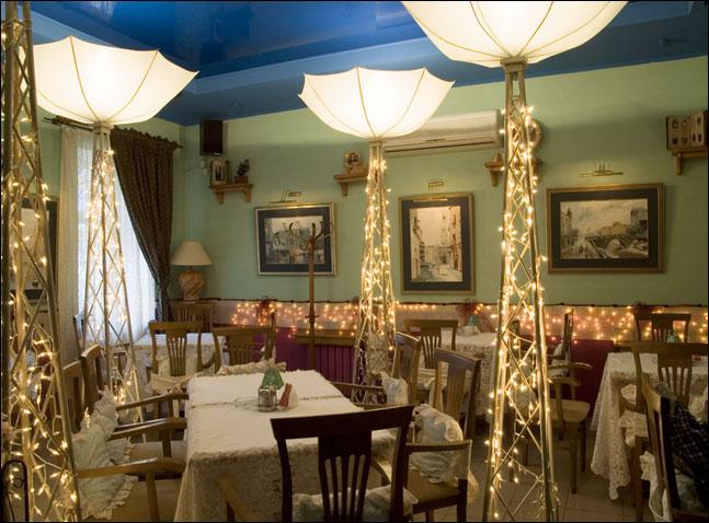 Ресторан Шербурские зонтики - фотография 1