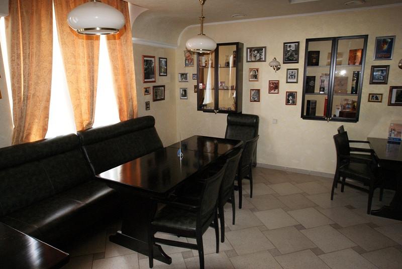 Ресторан Побратимыч - фотография 2