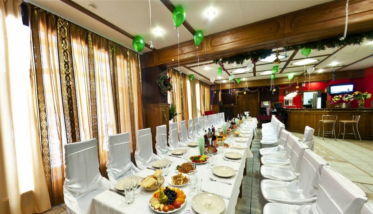 Ресторан Каравай - фотография 1