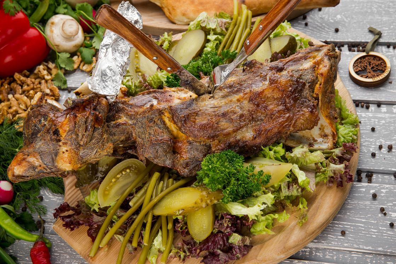 Ресторан Натахтари в Большом Черкасском - фотография 8 - лопатка ягненка по - харпурски