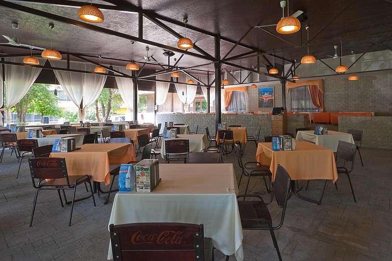 Ресторан Out Hall - фотография 11