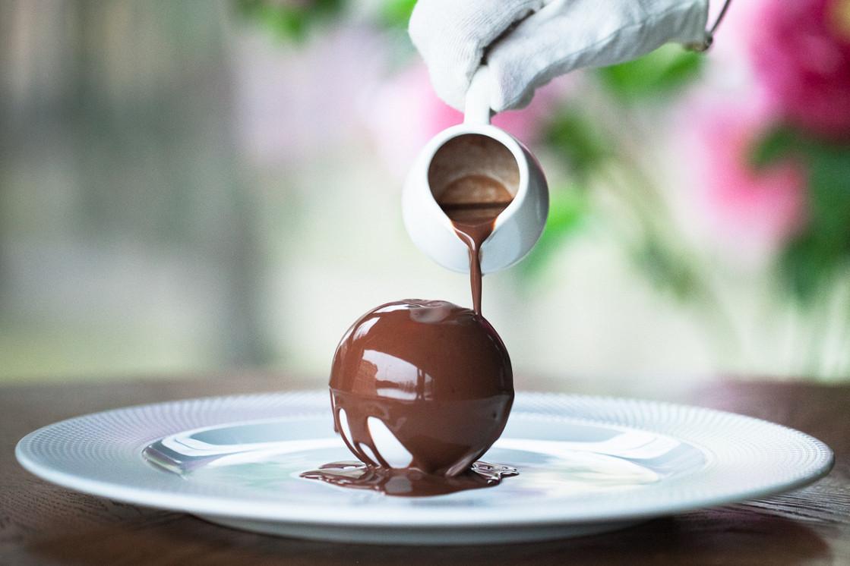 """Ресторан Henry - фотография 16 - Десерт """"Волшебный шар"""""""