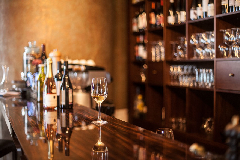 Ресторан Cork Wine Bar - фотография 9