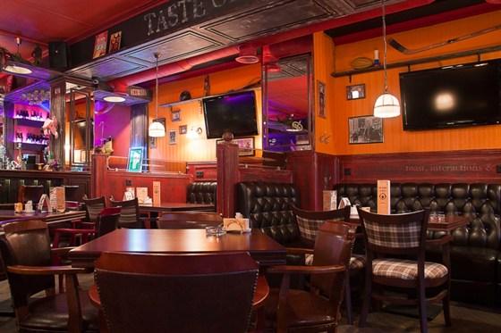 Ресторан Daddy Pub - фотография 11