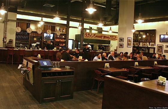 Ресторан Torro Grill - фотография 9 - интерьер Torro Grill