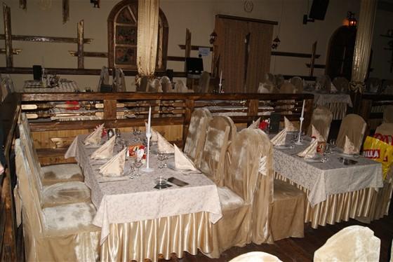 Ресторан Орлов - фотография 5 - Зал
