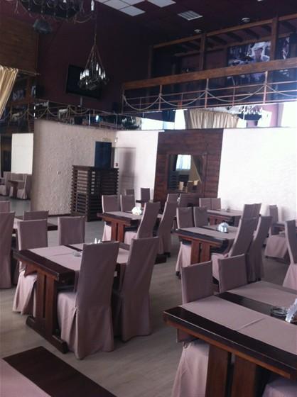 Ресторан Каравелла - фотография 1 - Центральный зал