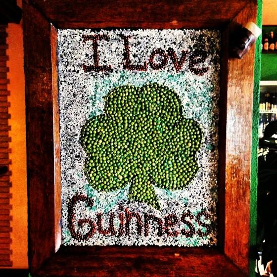Ресторан Guinness Pub - фотография 1