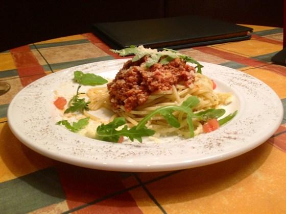 Ресторан Пьячере - фотография 2 - паста Болоньезе