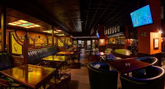 Ресторан Guinness Pub - фотография 5