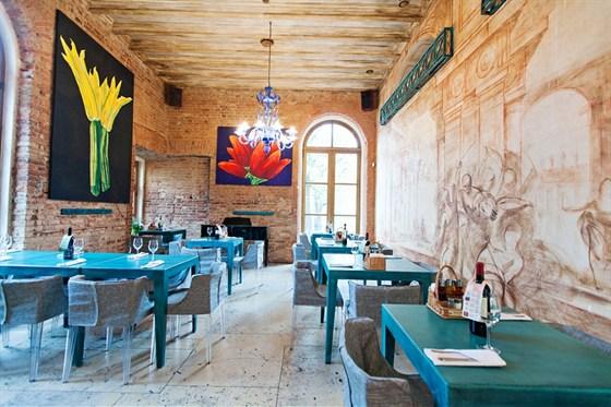 Ресторан Mama Roma - фотография 3