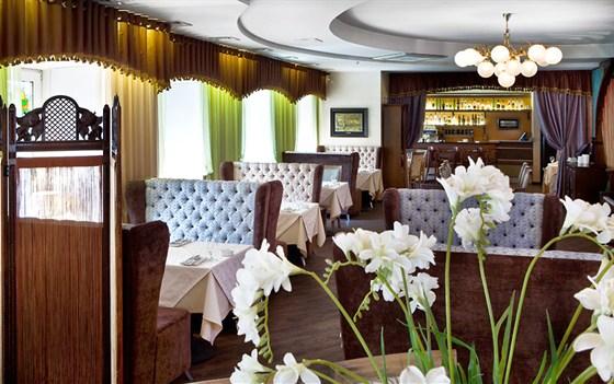 Ресторан Неглинный верх Café & Grill - фотография 8