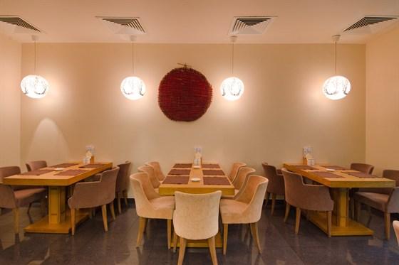Ресторан Ясуми & Дело тонкое - фотография 10 - Отдельный зал для курящих