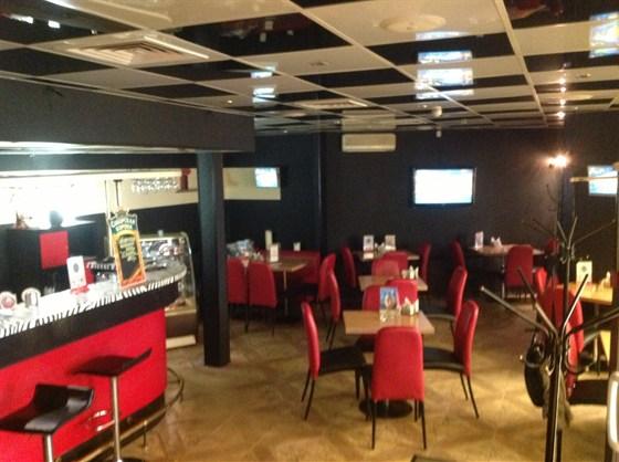 Ресторан Долина грез - фотография 3 - Внутри