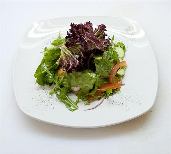 Ресторан Буффет - фотография 7 - Салат Ливанский.