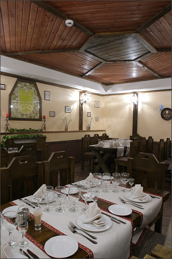 Ресторан Хендэ хох - фотография 2