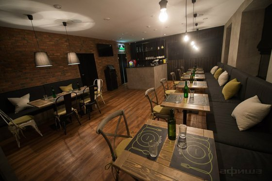 Ресторан Mike & Molly - фотография 1
