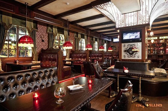 Ресторан Holmes Pub - фотография 3