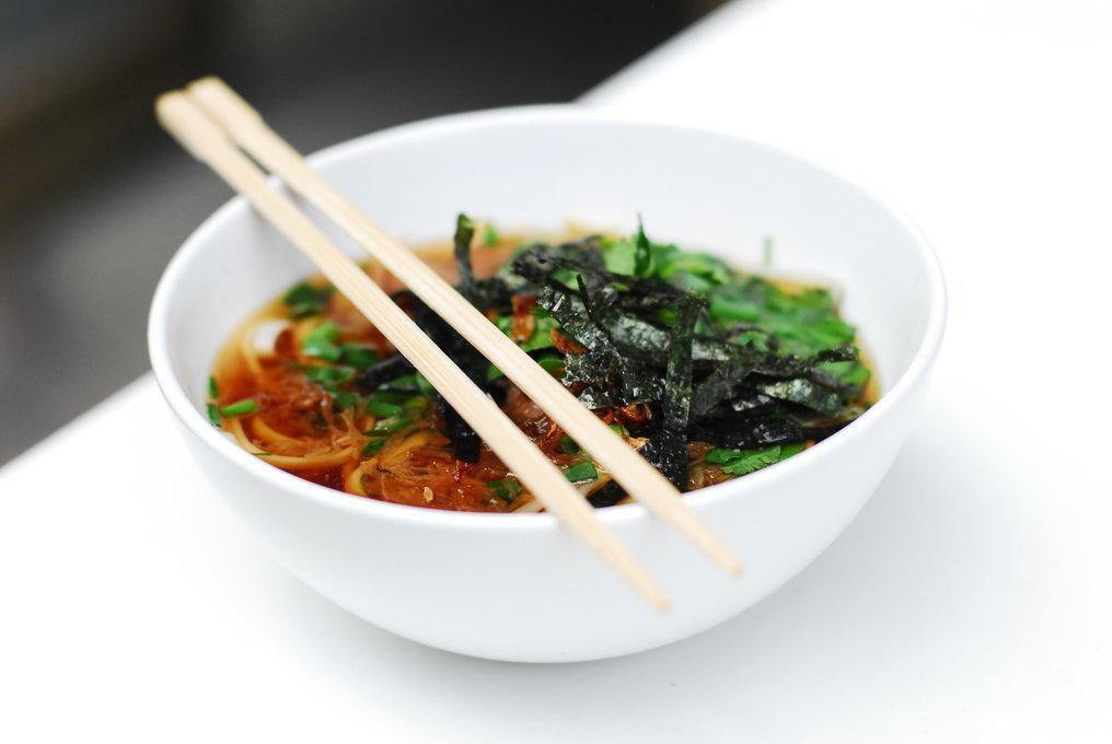 Ресторан Lucky Noodles - фотография 2