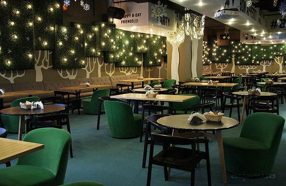 Ресторан Космик Капитолий Севастопольский - фотография 2