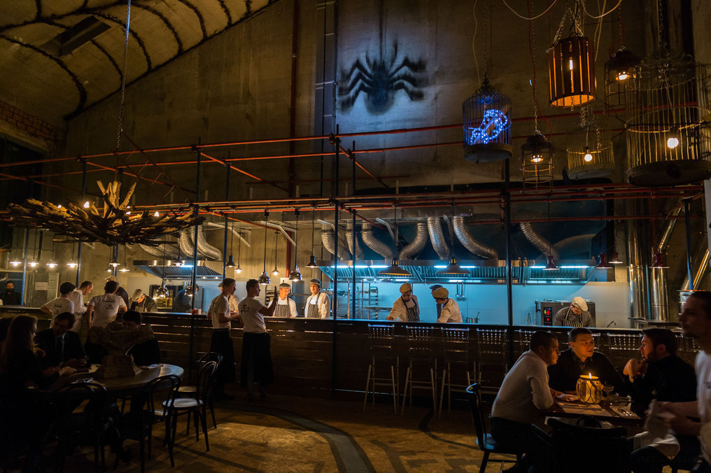 Ресторан Door 19 - фотография 1