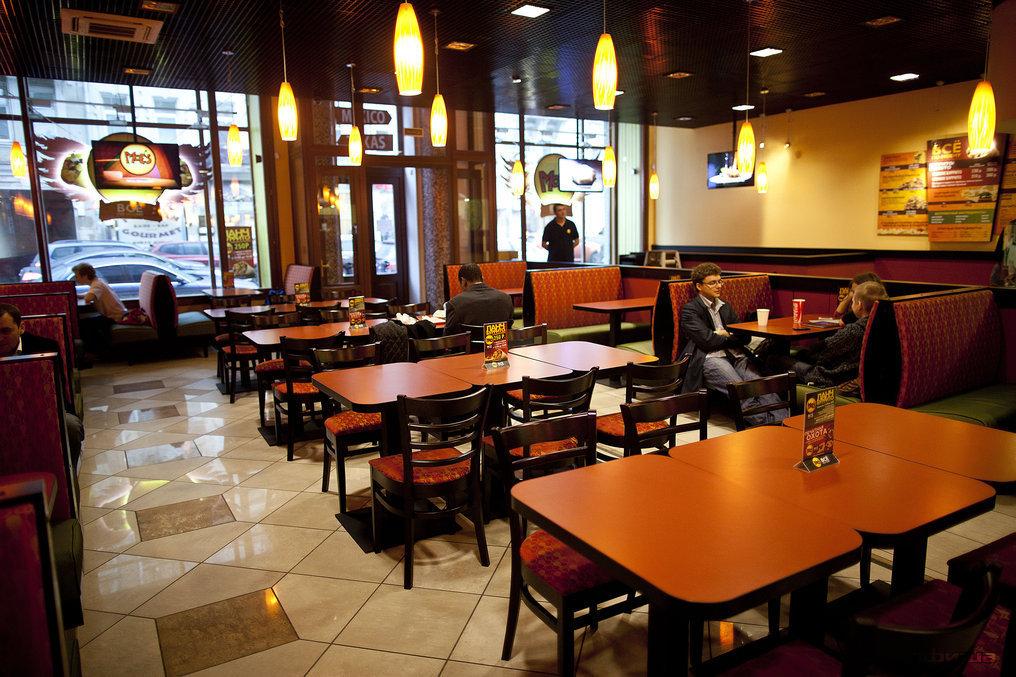 Ресторан Moe's - фотография 6