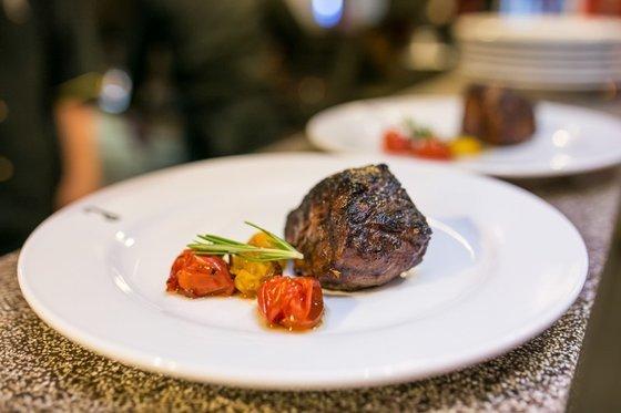 Ресторан Антрекот - фотография 1
