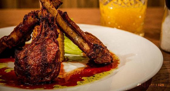 Ресторан Brown Bear Grill - фотография 17